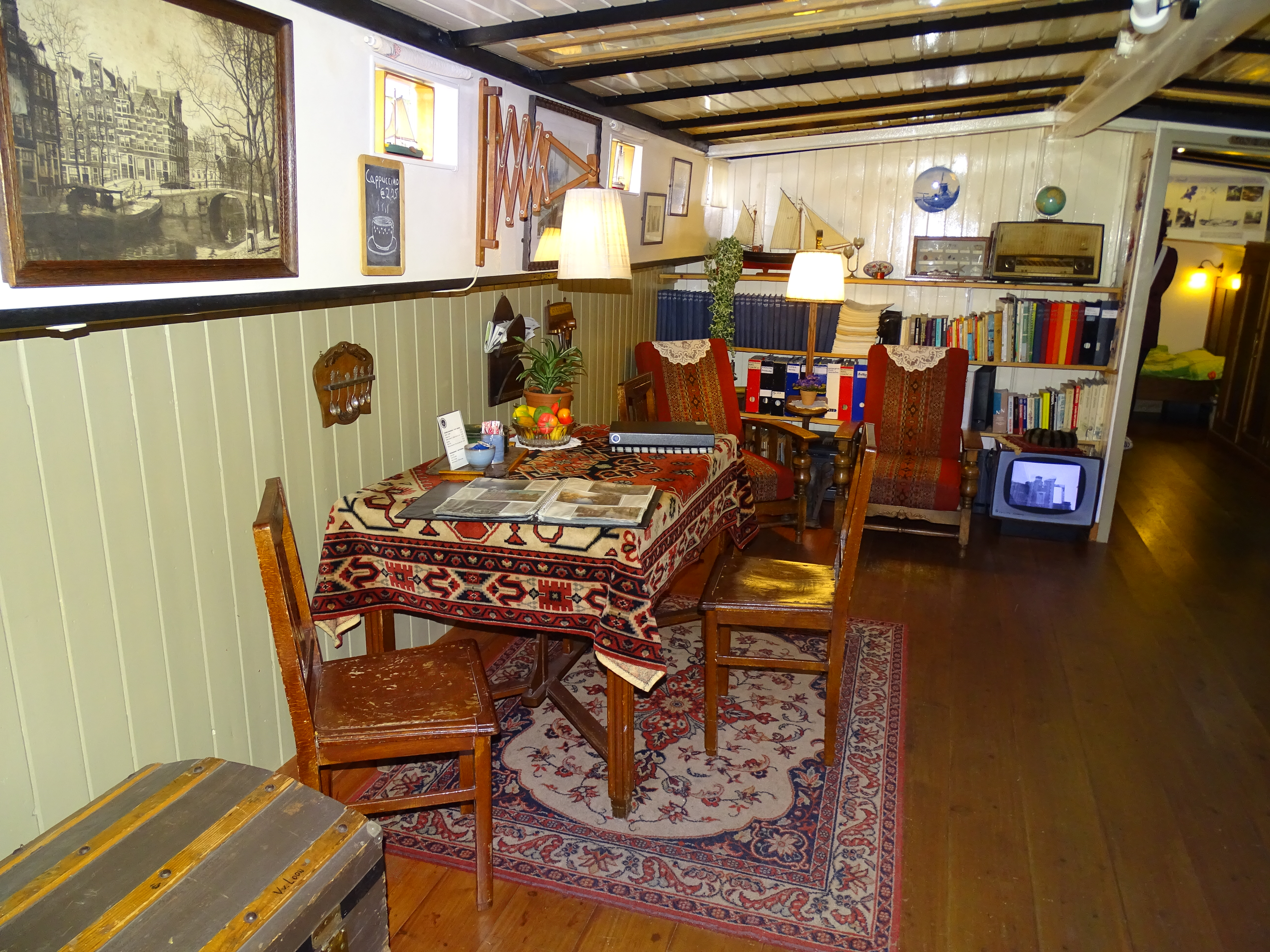 Houseboats Interior Images Galleries